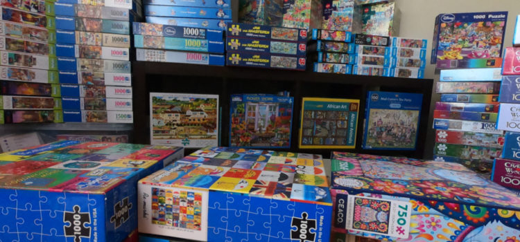 Puzzle collection of 87 puzzles